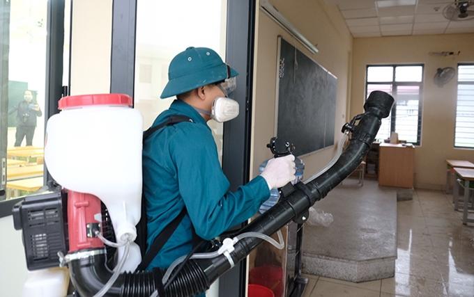 Dịch vụ phun thuốc khử trùng tại nhà phòng chống dịch Corona